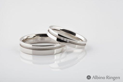 Albino Iris